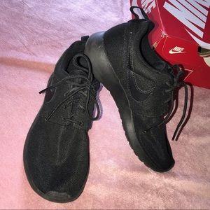 Nike Roche One, Black